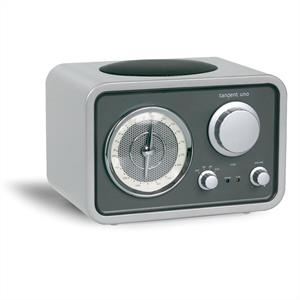 Tangent Uno - Retro Designed FM Radio with AUX Input  - Silver: Click to enlarge image!