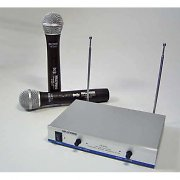  Hollywood &quot;FM-8000&quot; Wireless Microphone set - 100m range